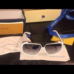 LV Evidence. Brand new sunglasses